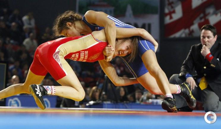 борьба за золото между Yana Stadnik и Валерия Чепсаракова.