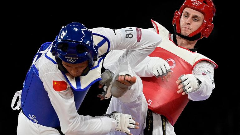 Владислав Ларин (справа). Фото AFP