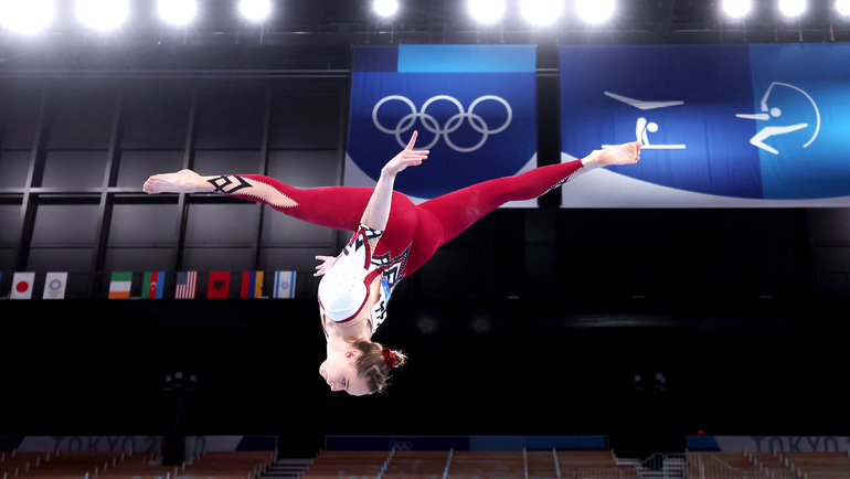 НаОлимпиаде вТокио сборная Германии погимнастике вышла вкупальниках илеггинсах. Ихглавная цель— показать, что женщина может выбирать, что надевать.