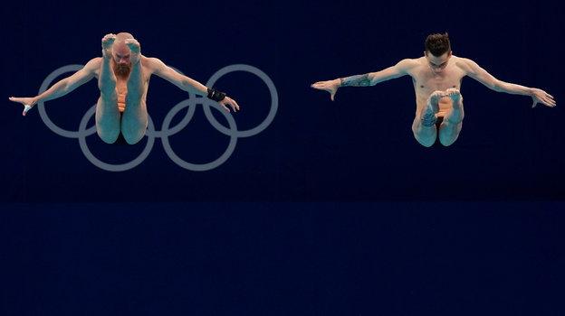 Олимпийские игры вТокио. Прыжки вводу. Как Никита Шлейхер ошибся всинхронных прыжках страмплина