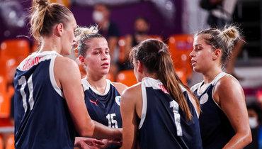 Российская баскетболистка Козик расплакалась перед церемонией награждения после поражения отСША