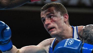 Российский боксер Бакши вышел вчетвертьфинал Олимпиады вТокио