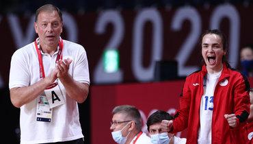 Главный тренер сборной России Алексей Алексеев иАнна Вяхирева.