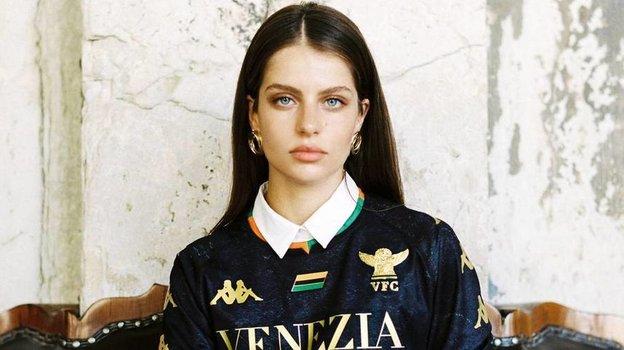 «Венеция» представила форму напервый за19 лет сезон серии А. Фото Twitter