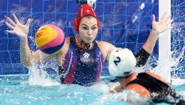 Сборная США поводному поло разгромила Россию вматче группового турнира наОлимпиаде.