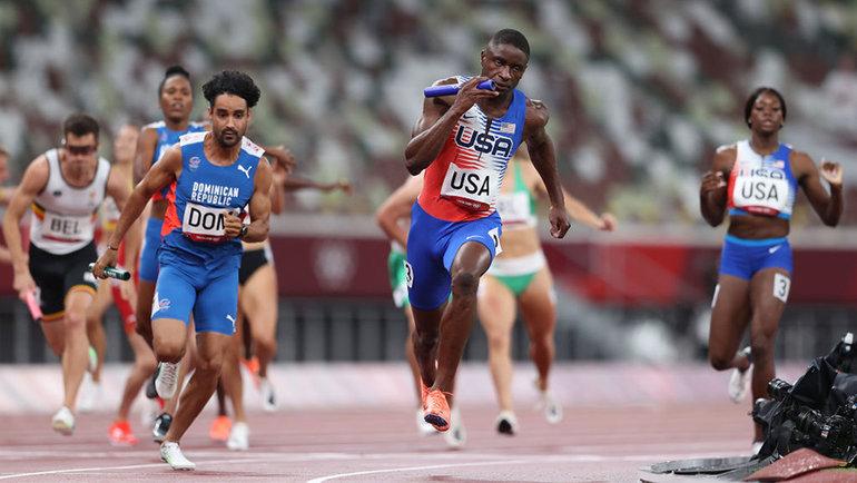 Американские легкоатлеты во время соревнований. Фото Getty Images