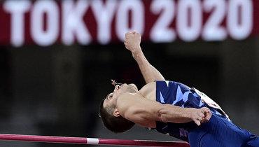 Легкоатлеты изКатара иИталии разделили первые место впрыжках ввысоту наОлимпиаде вТокио, Акименко— шестой