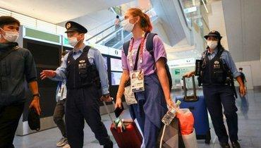 Кристина Тимановская в аэропорту Токио. Фото Reuters