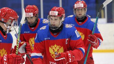 Самая талантливая русская юниорка задесятилетие начинает сезон наТурнире имени Гретцки. Канадцы неприехали, поэтому Россия— суперфаворит