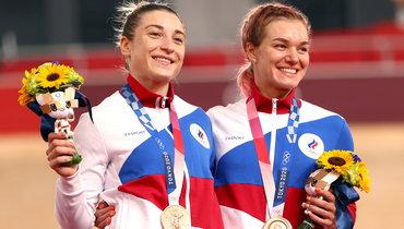 Дарья Шмелева иАнастасия Войнова стали бронзовыми призерами вкомандном спринте повелотреку Олимпиады-2020.