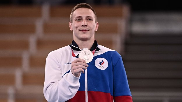 Олимпиада 2021, спортивная гимнастика: медали россиян Аблязина иМельниковой вотдельных снарядах, скандал сподсчетом очков— обзор выступлений