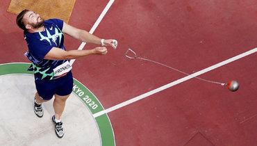 Россиянин Пронкин с11-го места вышел вфинал Олимпиады пометанию молота