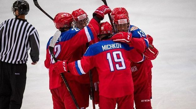 Дубль Мичкова помог России победить Финляндию наКубке Глинки-Гретцки. Фото ФХР