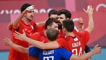 3августа. Токио. Канада— Россия— 0:3. Российские волейболисты.