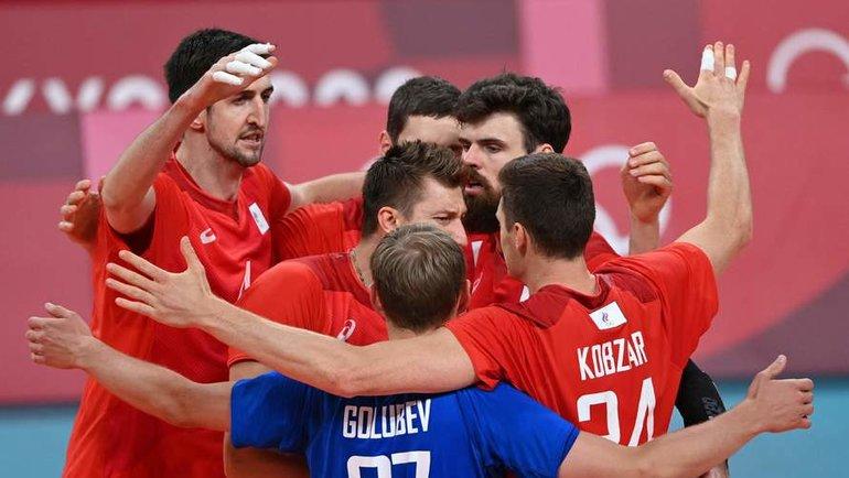 3августа. Токио. Канада— Россия— 0:3. Российские волейболисты. Фото AFP