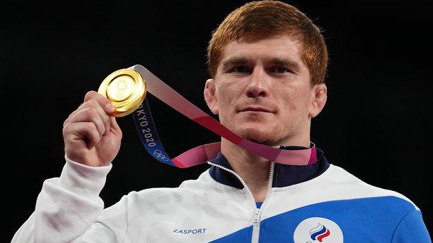 Золотая медаль олимпийского чемпиона изРоссии Мусы Евлоева.