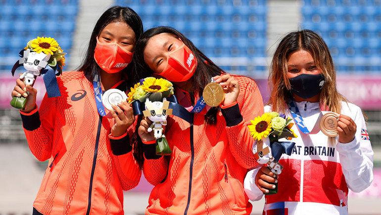 Кокона Хираки, Сакура Йосозуми иСкай Браун. Фото Getty Images