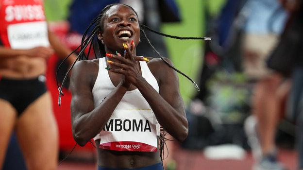 Кристин Мбома (Намибия) завершила свое выступление наОлимпийских играх вТокио юниорским рекордом мира исеребряной медалью.