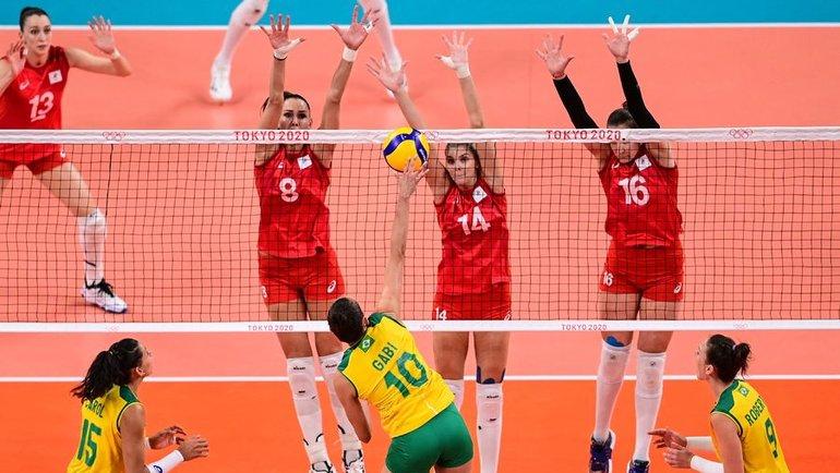 4августа. Токио. Бразилия— Россия— 3:1. Россиянки проиграли вчетвертьфинале Олимпиады. Фото AFP