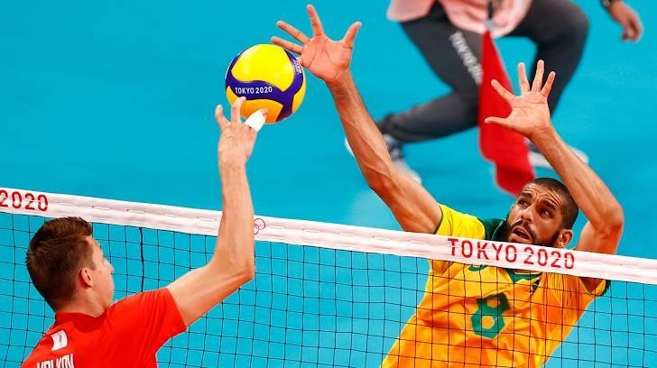 Мужская сборная России поволейболу против Бразилии. Фото Reuters