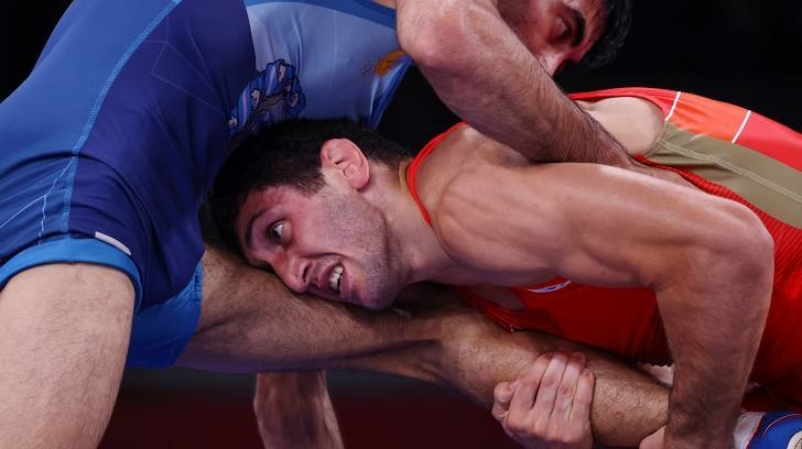 Заурбек Сидаков (справа). Фото Reuters
