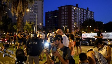 6августа. Болельщики «Барселоны» собрались у «Камп Ноу». Фото Twitter