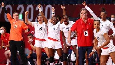 Женская сборная Франции погандболу вышла вфинал Олимпиады