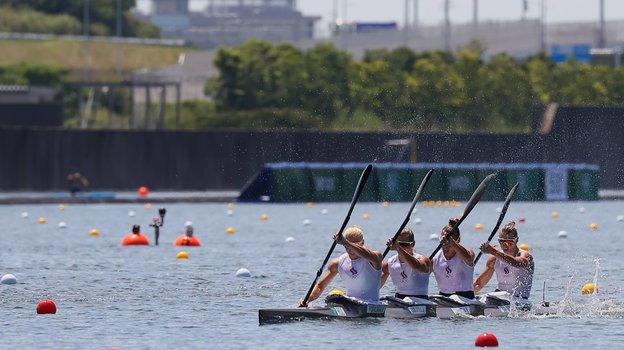 Россия заняла 12-е место Олимпиады вбайдарках-четверках среди женщин на500 метров. Фото Reuters