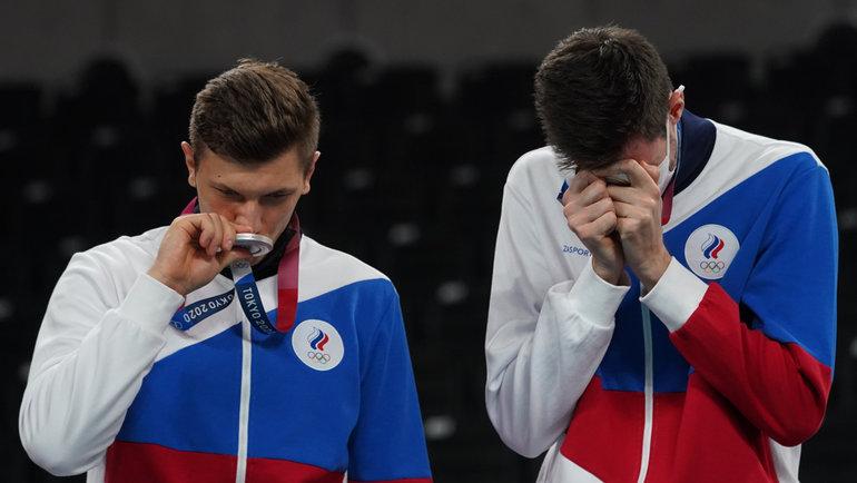 7августа. Токио. Церемония награждения российских волейболистов серебряными медалями Олимпиады вТокио.