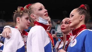 Российские гимнастки проиграли вфинале Олимпиады изавоевали серебро вхудожественной гимнастике.