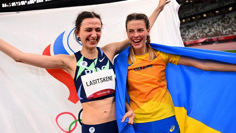 Мария Ласицкене иЯрослава Магучих. Фото Reuters