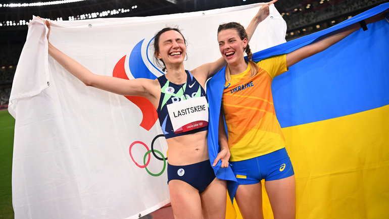 Ярослава Магучих (справа) иМария Ласицкене. Фото Reuters