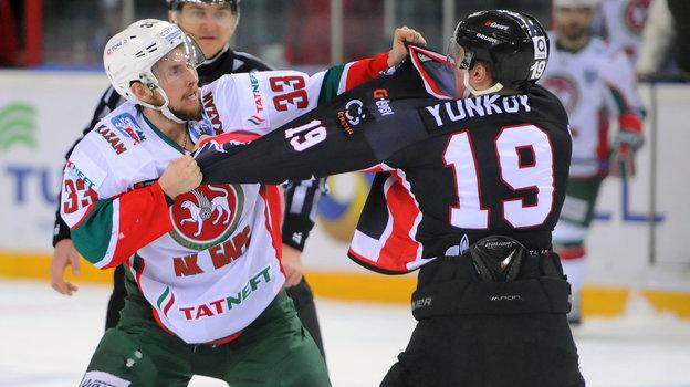Альберт Яруллин иМихаил Юньков. Фото photo.khl.ru