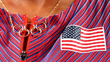Цепочка солимпийскими кольцам американки Эллисон Феликс— самой титулованной легкоатлетки вистории Олимпийских игр.