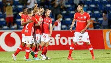 «Партизан» проиграл «Санта-Кларе» вотборочном турнире Лиги конференций