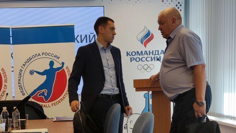 Евгений Трефилов (справа) назаседании исполкома. Фото «СЭ»