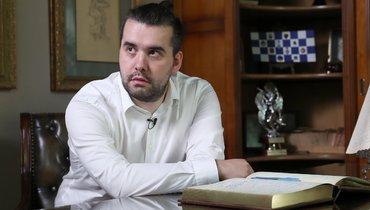 Кто такой ичем известен российский гроссмейстер ЯнНепомнящий, претендент нашахматную корону