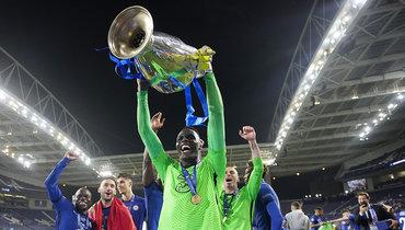 Эдуар Менди из «Челси» признан лучшим вратарем сезона поверсии УЕФА