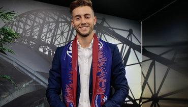 «Клермон» подписал экс-игрока «Барселоны» Ориоля Бускетса