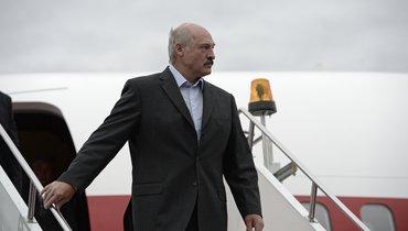 Лукашенко заявил, что ему стыдно заигру сборной Белоруссии пофутболу