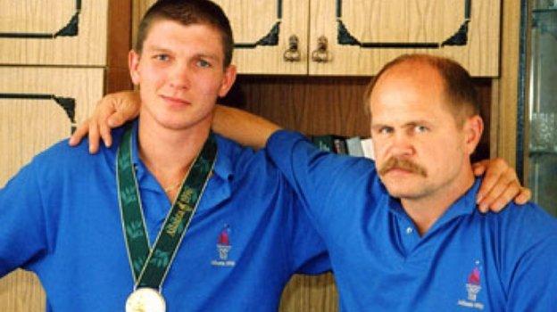 Василий Жиров иАлександр Апачинский после победы наОлимпиаде вАтланте. Фото olympic.kz