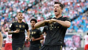 Левандовски забил за «Баварию» в17-м матче подряд ипобил рекорд Герда Мюллера