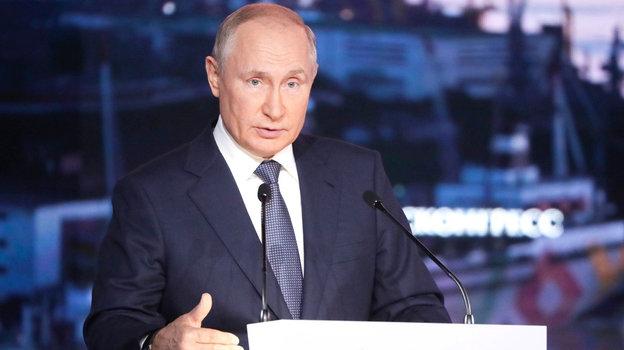 «Уверен, что президенту олимите сказали специалисты. Возможно, они считают его отмену преждевременной». Интервью Аркадия Дворковича