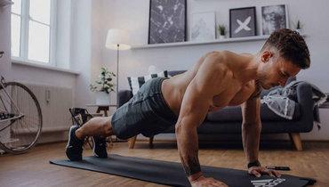 Упражнения для рук вдомашних условиях. Фото Adidas