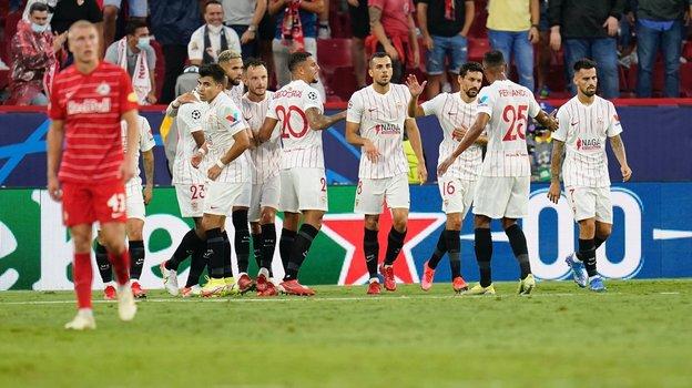 «Севилья» и «Зальцбург» исполнили четыре пенальти. Фото ФК «Севилья».