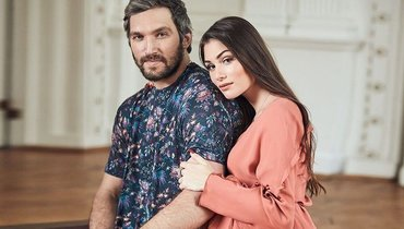 Александр Овечкин с женой Настасьей Шубской. Фото Instagram