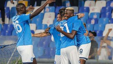 26сентября. Неаполь. «Наполи»— «Кальяри»— 2:0. Фото AFP