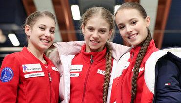 Алена Косторная, Александра Трусова, Анна Щербакова. Фото Дарья Исаева, «СЭ» / Canon EOS-1D X Mark II