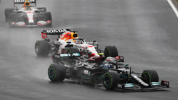 Формула-1: Боттас выиграл Гран-при Турции, обзор гонки 10октября 2021 года. Хэмилтон упустил лидерство