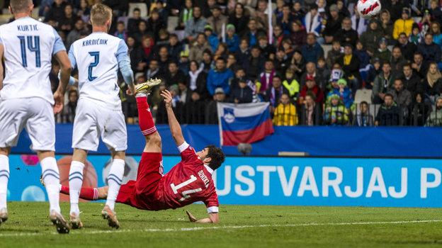 Гол Георгия Джикии вматче Словения— Россия вМариборе 11октября. Фото Getty Images